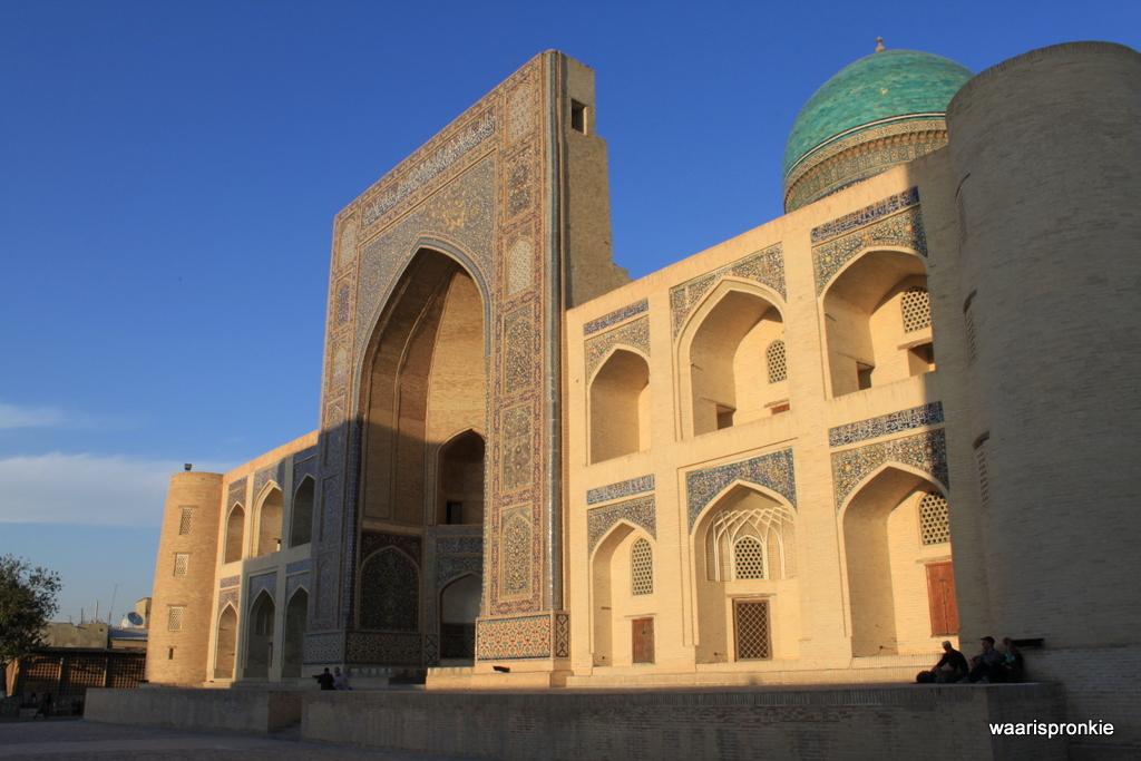 Mir-i-Arab Medressa, Bukhara